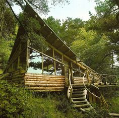 Handmade home design decorating interior Cabin Homes, Log Homes, Cabin In The Woods, Little Cabin, Forest House, Forest Cabin, Jungle House, Cabins And Cottages, Log Cabins