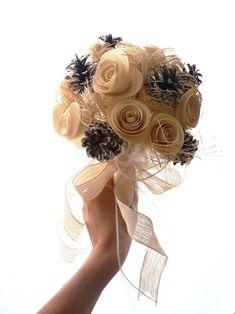 Bouquet-roselline-di-carta-e-pigne