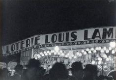 1933. Paris Street Fair © Ilse Bing