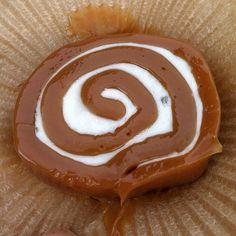 Walt Disney World, Epcot. Karamell Kuche caramel roll with marshmallow #Disney #Snack