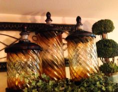 The Tuscan Home: Decorating The Upper Cabinets