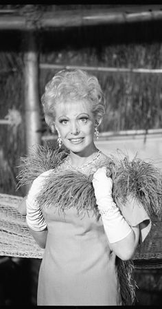 Natalie Schafer As Mrs Howell (Gilligan's Island)