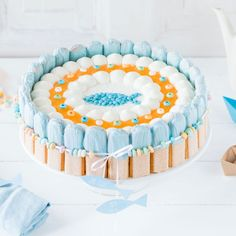 Baptism cake - serve without stress - Kuchen - Kuchen Easy Baked Meatballs, Baked Meatball Recipe, Poppy Seed Cake, Walmart, Cake Servings, Marzipan, Served Up, Vanilla Cake, Wedding Cakes