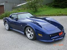 1979 Corvette...Kevin and I need to hit the road in ours.....fun, fun, fun!!!!!!!