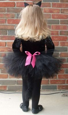 Love this one. Super cute. Definitely want a tutu for them incorporated in the costume.