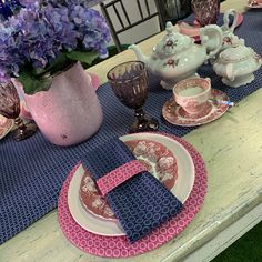 High tea Out Of Africa, High Tea, Traditional, Table Decorations, Home Decor, Tea, Tea Time, Decoration Home, Room Decor