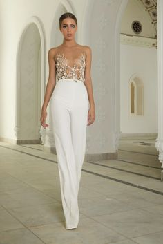 Abed Mahfouz Haute Couture 2015 - Love this sooo much! Bridal Pants, Bridal Jumpsuit, Look Fashion, High Fashion, Net Fashion, Bridal Fashion, Fashion Week, Wedding Pantsuit, Wedding Dresses