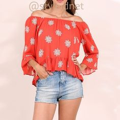 """(S, M, L) Boho Bell Sleeve Off Shoulder Coral Top ❤️ BUNDLES  ❤️ DISCOUNTS  ❌ NO TRADES  ❌ NO Low balling!   • NEW • • Loose 3/4 bell Sleeve. • lightweight  Sizes: S, L, M  * SMALL:  - Front length: 21.5"""" Approximately - Back length: 24.25"""" Approximately - Sleeve length: 16.25""""  * MEDIUM: - Front length: 22.25"""" Approximately - Back length: 24.75"""" Approximately - Sleeve length: 16.5"""" Approximately  * LARGE:  - Front length: 23"""" Approximately - Back length: 25.25"""" Approximately - Sleeve…"""