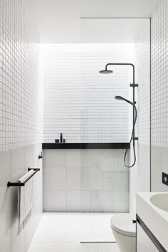 Home Interior And Gifts 30 cool bathroom shower makeover decor ideas.Home Interior And Gifts 30 cool bathroom shower makeover decor ideas Modern Bathroom Design, Bathroom Interior Design, Bathroom Designs, Bath Design, Minimalist Bathroom Design, Bathroom Design Layout, Toilet Design, Small Shower Room, Shower Rooms