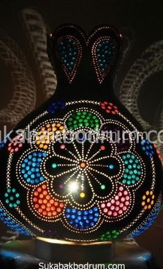 Papatya Pyrography Patterns, Gourd Lamp, Punch Art, Gourds, Christmas Bulbs, Dots, Stone, Holiday Decor, Crafts