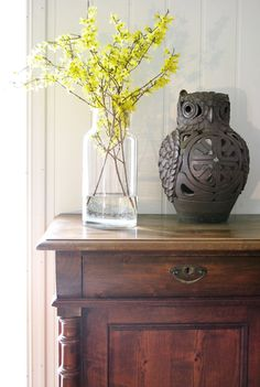 chinese inspired - hall table - vase - decor