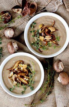 Creamy Mushroom-Chestnut Bisque {Vegan!} | www.floatingkitchen.net