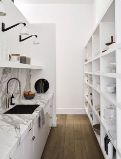 Every kitchen remodel begins with a design suggestion. Use these kitchen remodeling ideas to add worth and also great deals of feature to your home during your kitchen remodel planning phase. Kitchen Pantry Design, Kitchen Butlers Pantry, Kitchen Storage, Dirty Kitchen, Big Kitchen, Kitchen Cleaning, Open Cabinets, White Cabinets, Custom Built Homes