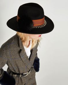 EMBELLISHED FELT HAT-Hats | Beanies-ACCESSORIES-WOMAN | ZARA United States