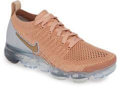Nike Air VaporMax Flyknit 2 Running Shoe - Shop Now! Air Max Sneakers, Sneakers Nike, Ladies Sneakers, Light Running Shoes, Nike Vapormax Flyknit, Basketball Sneakers, Nike Air Vapormax, Women's Pumps, Nike Free