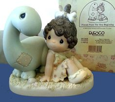 New Precious Moments Friends From The Very Beginning, Friendship Figurine 261068 Porcelain, Never Displayed, Original Box