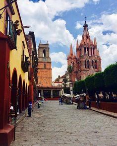 #fotografía #sanmiguelallende #foto #paisaje #mexico #worldplaces #travel #instalike #worldcaptures #landscapephotography #travelgram #worldtravelpics #ig_travel #worldingram #travelphoto #travelworld #igers #igdaily #place_wow #instagood #instatravel #love #fun #pasionmexico #mexicoandando #mexico_maravilloso #nikon #nikonmexico #natgeomexico #mexicodesconocido by mschein2012. ig_travel #pasionmexico #fun #travel #igers #instalike #paisaje #nikon #sanmiguelallende #love #travelphoto…