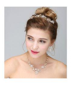Set tiara, colier si cercei Gold Sparkle   Pret:279lei  #settiaramireasa