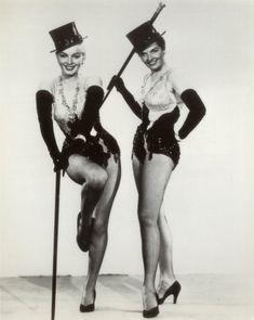 Marilyn Monroe and Jane Russell - Gentlemen Prefer Blondes, 1953. S)