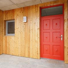 Na specjalne życzenie klienta nasze drzwi zewnetrzne Frax. Zwróćcie uwagę na detale. 🌿🔨⚒🛠 Zapraszamy #drzwitradycyjne #drzwizewnętrzne #drzwi #kerno #inspiration #drzwibiałystok #drzwi #doors #woodendoors #design #architecture #architecturelovers #love #nature #drewno #woodworking #home #homedecor #homedesign #homesweethome #doorsgraphy #interiordesign #colour #beauty #doorsgraphy #drzwi #poland #polska #warszawa #design #polishdesign #architektura #arch #carpentry #warszawa Garage Doors, Outdoor Decor, Instagram, Home Decor, Decoration Home, Room Decor, Home Interior Design, Carriage Doors, Home Decoration