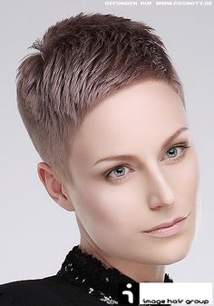 Dale gusto a tu Corte de pelo y crea tu propio Peinado con distinción y buen gusto para un resultado mas lucidor y que está marcando tende...
