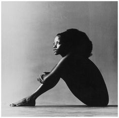 Singer and actress Melba Moore poses in the buff for photographer Jack Robinson Vogue 1971