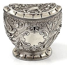 William Comyns English silver tea caddy with birds. Marked London 1888. #antique #vintage #box