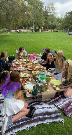 Picnic Birthday, Fairy Birthday Party, Girl Birthday, Grunge Party, Best Friends Aesthetic, Summer Dream, Cute Friends, Teenage Dream, Coming Of Age