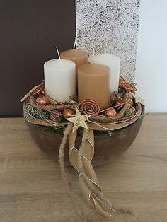 Advent wreath, Advent arrangement Source by Christmas Advent Wreath, Indoor Christmas Decorations, Christmas Arrangements, Noel Christmas, Christmas Candles, Primitive Christmas, All Things Christmas, Advent Wreaths, Office Christmas