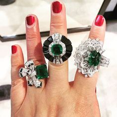 More from @vancleefarpels new 55 piece #emerald collection 'Emeraude en Majeste' - which is your favourite? #emeralds #colombianemerald #colombianemeralds #emeraldring #diamond #diamonds #vancleef #vancleefarpels #finejewelry #highjewelry #jewels #sothebys #bonhams #christies #emeraldgreen #investment of #passion