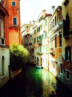 Venice Canal, Italy  I have been to Venice and I sooo want Dugger to see this lovely place.
