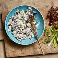 Enjoy a tasty and delicious meal with your loved ones. Learn how to make French Chicken Salad with Tarragon & Grapes & see the Smartpoints value of this great recipe.