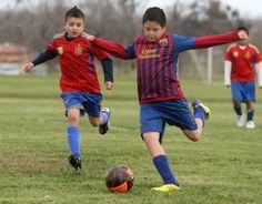 Soccer 2012 Soccer Photography, Running, Sports, Tops, Fashion, Hs Sports, Moda, Fashion Styles, Keep Running