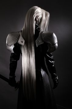 Final Fantasy 7 - awesome Sephiroth cosplay They forgot the fire. Arte Final Fantasy, Final Fantasy Cosplay, Epic Cosplay, Amazing Cosplay, Fantasy Series, Cosplay Costumes, Fantasy Art, Sephiroth Cosplay, Illustration Manga
