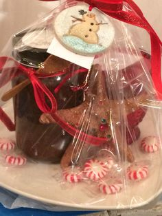 Custom holiday gift baskets available for order. Get them while they're hot https://www.facebook.com/beadedfrogdesigns/