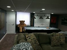 basement bedroom ideas for #teenagers - Pull-table in the basement...!!