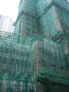 Bamboo scaffolding on a high-rise building project, Hong Kong, 2008, photograph by Francois Laur.