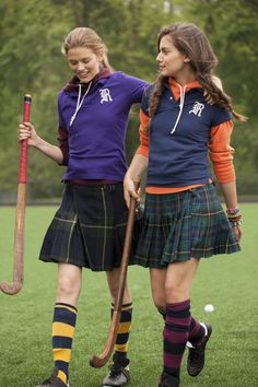 Rugby Ralph Lauren Fall 2012 - I miss playing field hockey sooooo . Mode Tartan, Tartan Kilt, Preppy Mode, Preppy Girl, Prep Style, Rugby, Look Fashion, Girl Fashion, Preppy Fashion
