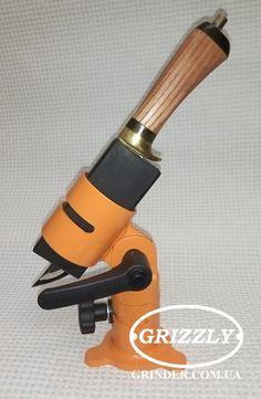 Knife Grinding Jig, Belt Grinder Plans, Knife Template, Knife Making Tools, Hobby Tools, Blacksmith Projects, Metal Working Tools, Handmade Knives, Blacksmithing