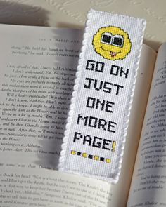Cross Stitch Bookmark Pattern: One More Page por stageappealcrafts