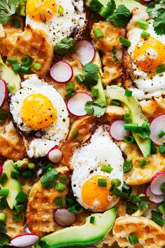 Personalized Graduation Gifts - Ideas To Pick Low Cost Graduation Offers Spicy Honey Breakfast Waffle Nachos A Better Happier St. Breakfast Hotel, Breakfast Nachos, Whole 30 Breakfast, Breakfast Time, Breakfast Dishes, Vegetarian Breakfast Recipes, Brunch Recipes, Spicy Honey, Cooking Recipes