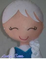 Resultado de imagen para frozen em feltro Frozen Felt, Elsa Frozen, Felt Crafts, Diy And Crafts, Sewing Dolls, Pretty Dolls, Felt Toys, Little Princess, Disney