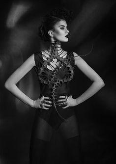 Nika Danielska Design Haute Macabre _ 07