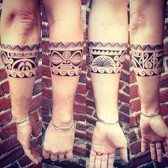 Last free hand of the week @ Viens Voir Maman ! #freehand #freehandtattoo #nikutatau #tatau #polynesiantattoos #marquesantattoos #tatouagepolynesien #tatouagemarquisien #tatouage #tattoos #tiki #tahitiantattoo #tahiti #tribaltattooers #tattooartist #tribaltataucollective #tribaltattoo #polynesie