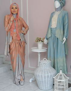 by Ria Miranda Muslim Women Fashion, Islamic Fashion, Ethnic Fashion, Modest Fashion, Hijab Fashion, Fashion Muslimah, Women's Fashion, Kebaya Muslim, Muslim Dress