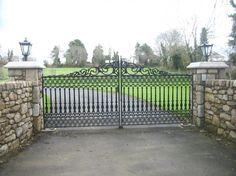 Driveway Gates, Entrance Gates, Stone Gates – SNGranite.ie
