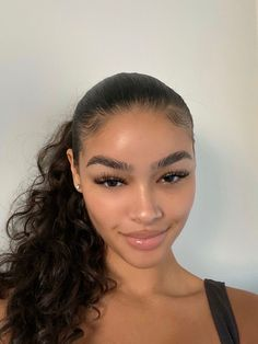 Beauty Make-up, Beauty Hacks, Hair Beauty, Glow Skin, Curly Hair Styles, Natural Hair Styles, Natural Makeup Looks, Aesthetic Makeup, Pretty Makeup