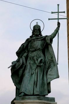 Stephen, the first king of Hungary, the founder of the Hungarian state. Hungarians celebrate him on of August. Hungary History, Roman, Central And Eastern Europe, Heart Of Europe, Place Of Worship, Budapest Hungary, My Heritage, Spiritual Life, History Facts