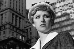 Cindy Sherman - Untitled Film Still Courtesy Metro Pictures, New York. Sherman is an American photographer and film director, best known for her conceptual portraits. Gerhard Richter, Alfred Stieglitz, Photo Portrait, Portrait Photography, Photography Magazine, Editorial Photography, Photography Exhibition, School Photography, Lifestyle Photography