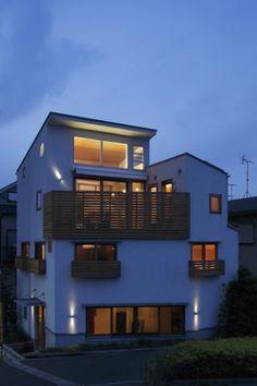 眺めの良いルーフテラスの家 (外観)